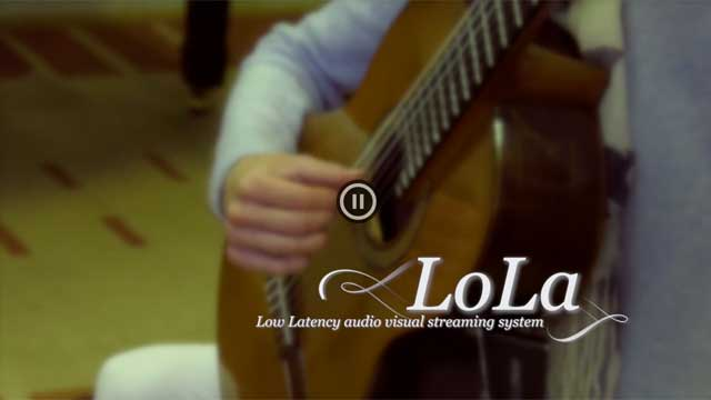LoLa: Light paths that connect musicians
